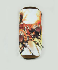 attack_on_titan_group_pillow_02